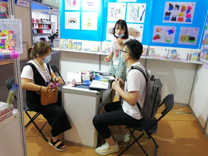 创先实业参展第17届中国国际文具礼品博览