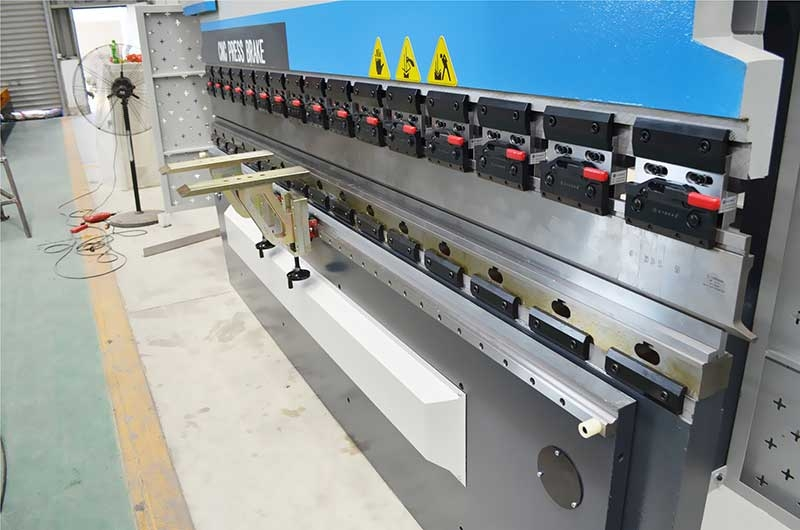 Cnc Press Brake Machine Suppliers at Bambeocnc-machine-tool com