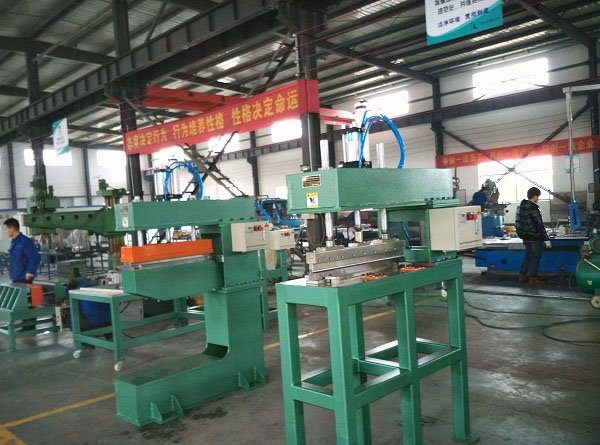 Freezer liner single R bending machine