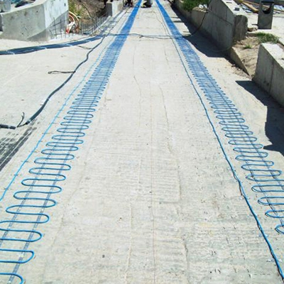 Road snow melting system